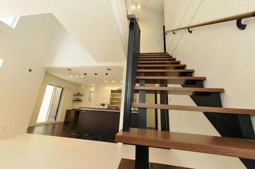 マリモハウス施工事例より「スケルトン階段の家」 広島の2×4新築注文住宅&リフォームなら マリモハウス