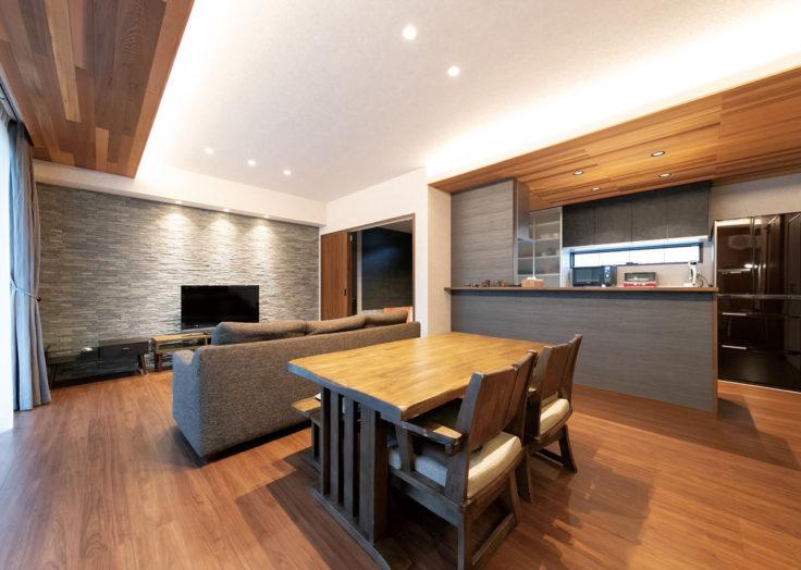 マリモハウスの施工事例より「天然木のアクセントが効いた私の家」|広島の2×4新築注文住宅&リフォームならマリモハウス