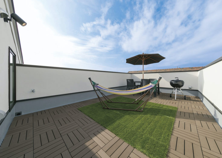 屋根付きデッキや、広々バルコニーのある家…「癒しのある暮らし」 広島の2×4新築注文住宅&リフォームならマリモハウス