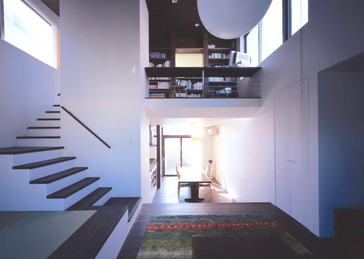 暮らしに彩りをプラスする「階段」のバリエーション|広島の2×4新築注文住宅&リフォームなマリモハウス