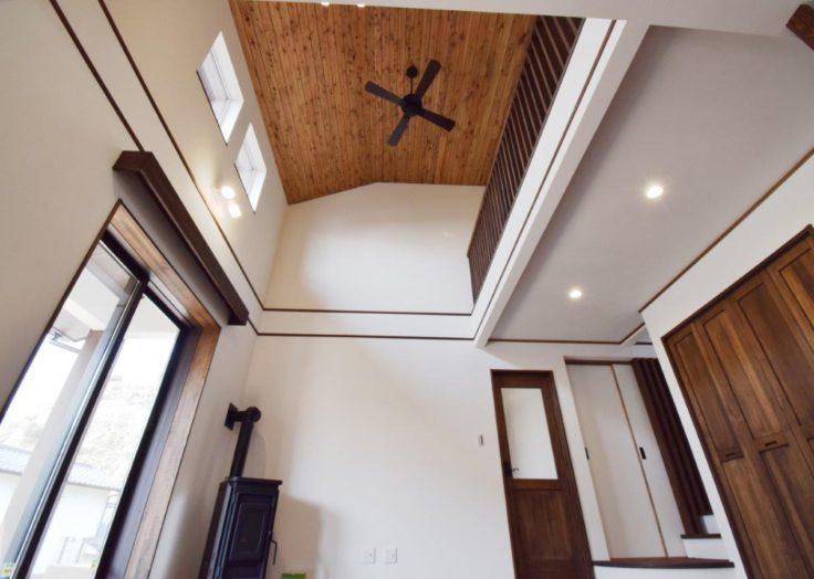 薪ストーブ&ペレットストーブ、炎のある暖かな暮らし|広島の2×4新築注文住宅&リフォームなマリモハウス