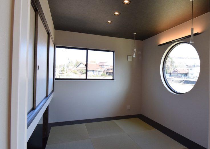 マリモハウスの施工事例より、入母屋の大屋根をもつ「現代和風」の平屋||広島の工務店|和モダンの注文住宅