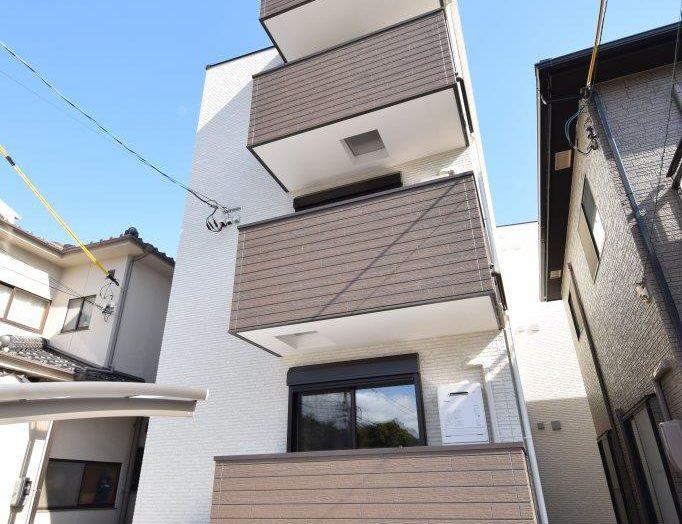 【木造アパート】木造3階建て9戸 ワンフロアに3部屋の3階建てアパート